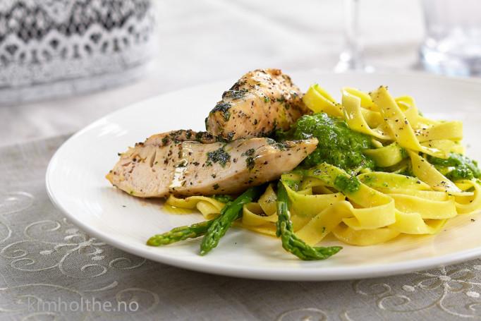 kylling-pasta-ertepesto