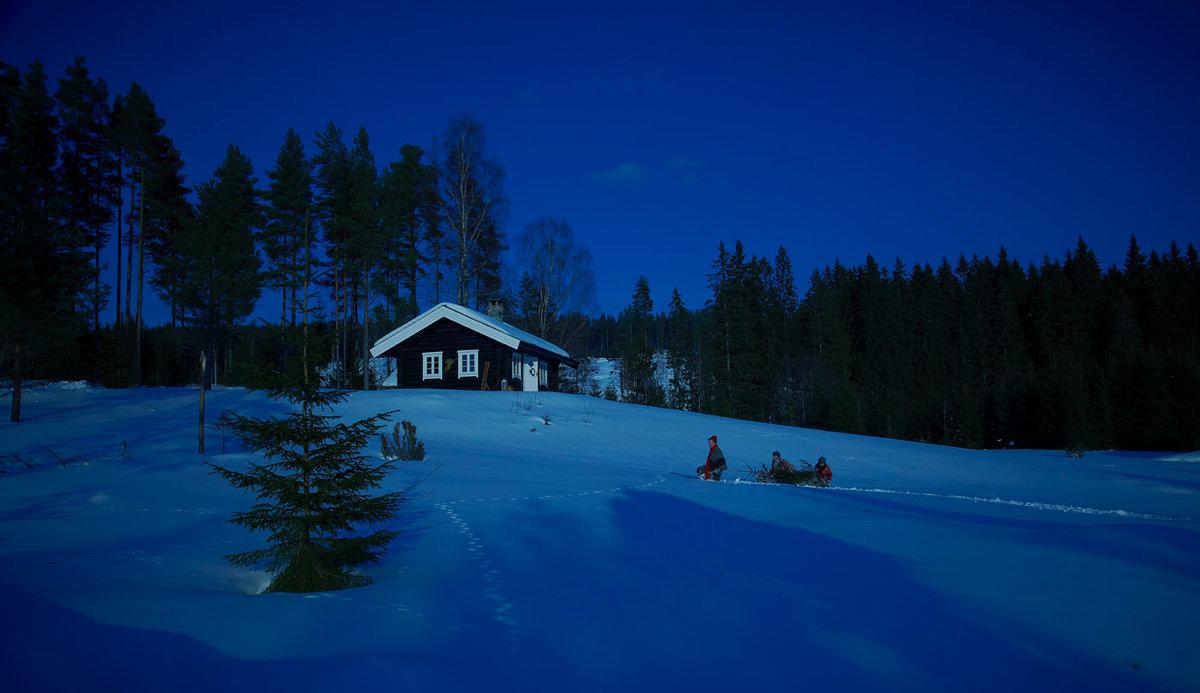 jule-stemning-hytte-hente-jule-tre