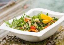 Salat-med-krabbe