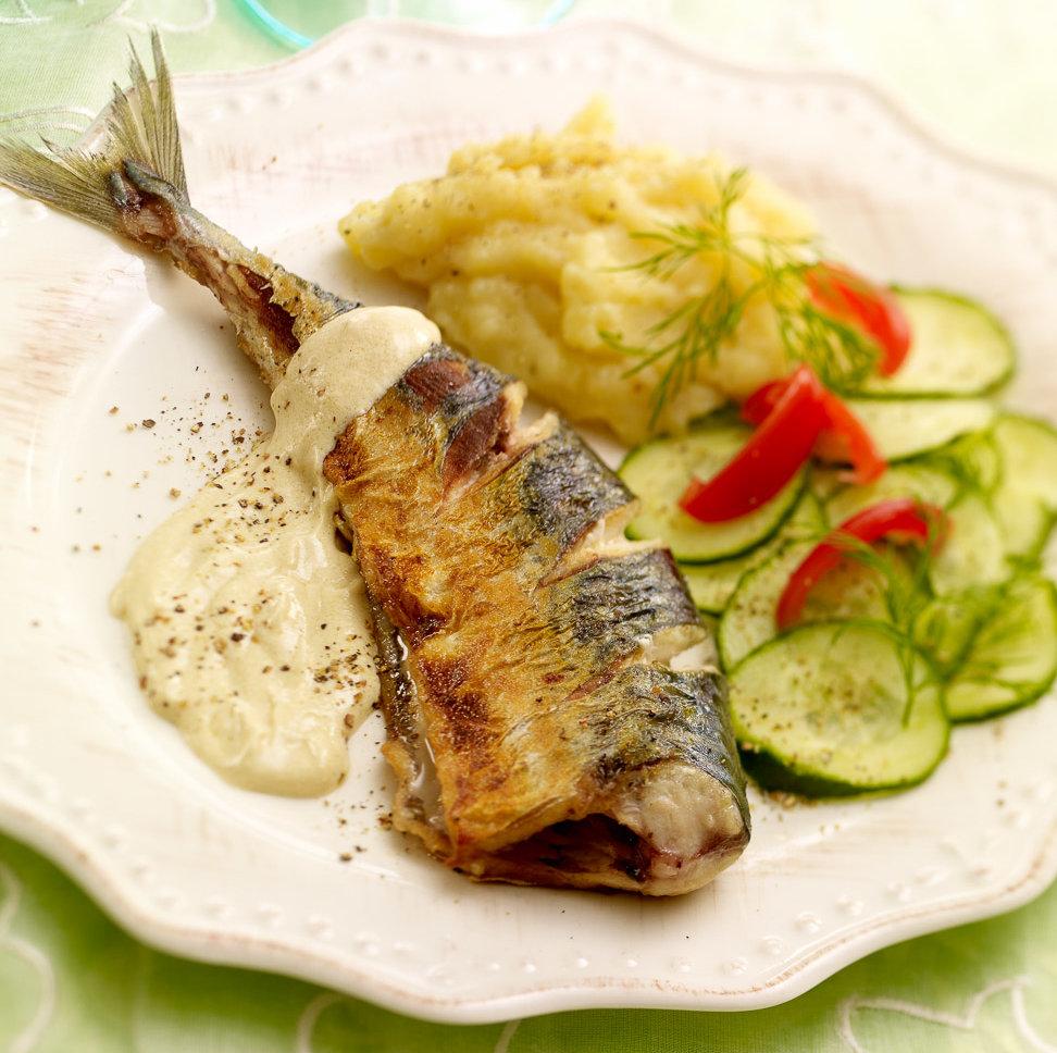 makrell i rømmesaus