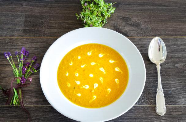 Appelsin og gulrotsuppe